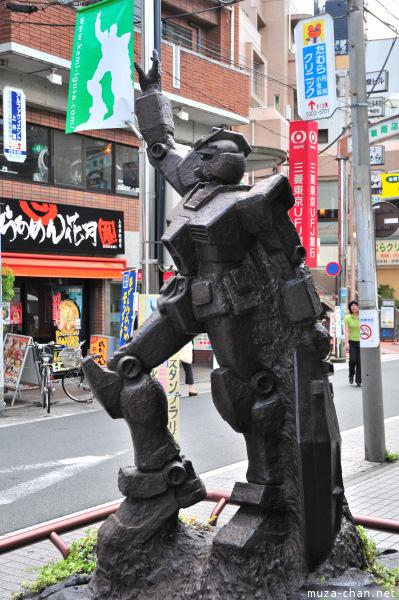 Gundam statue Kamiigusa
