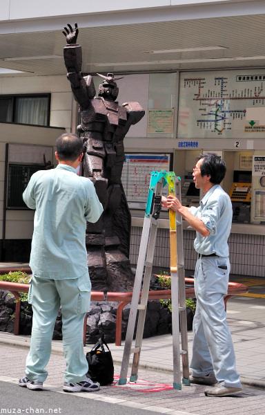 Shooting the Gundam, Suginami, Tokyo