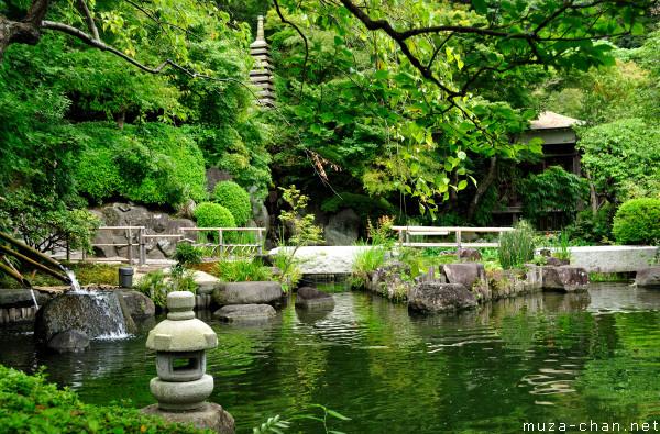 Hasedera Japanese Garden, Kamakura