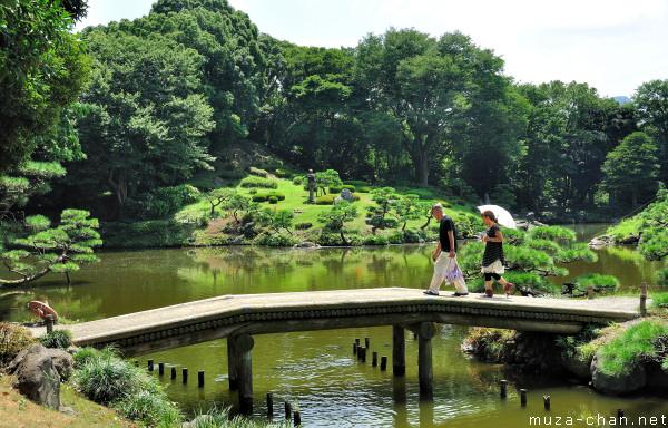 Kiyosumi Teien Gardens, Fukagawa, Tokyo