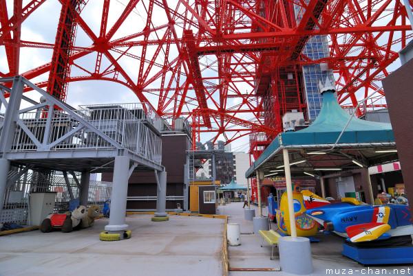 Tokyo Tower,  Amusement Park Roof Garden, Minato, Tokyo
