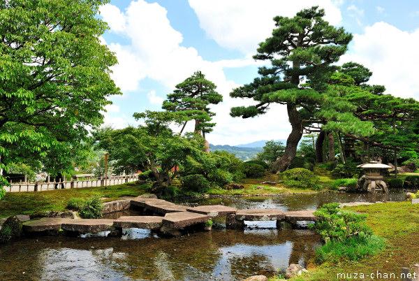 Flying Geese Bridge, Kenroku-en Garden, Kanazawa