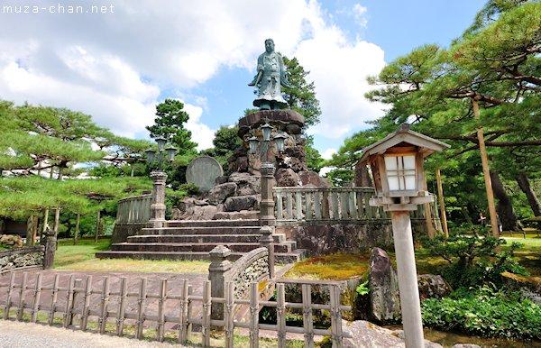 Statue of Prince Yamato Takeru, Kenroku-en Garden, Kanazawa