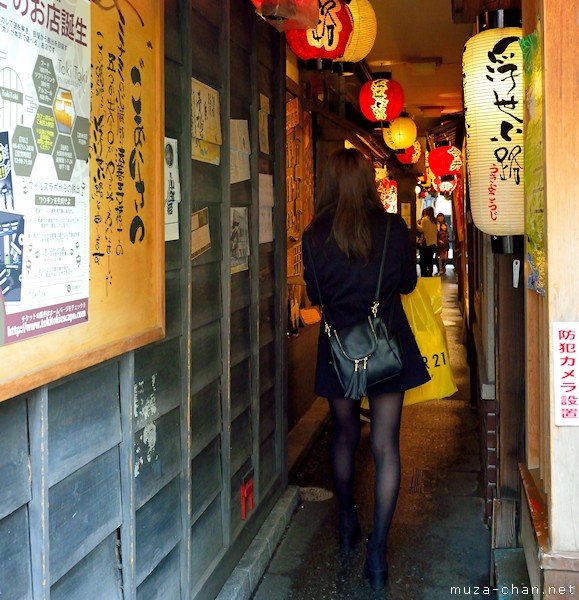 Narrow street, Dotonbori, Osaka