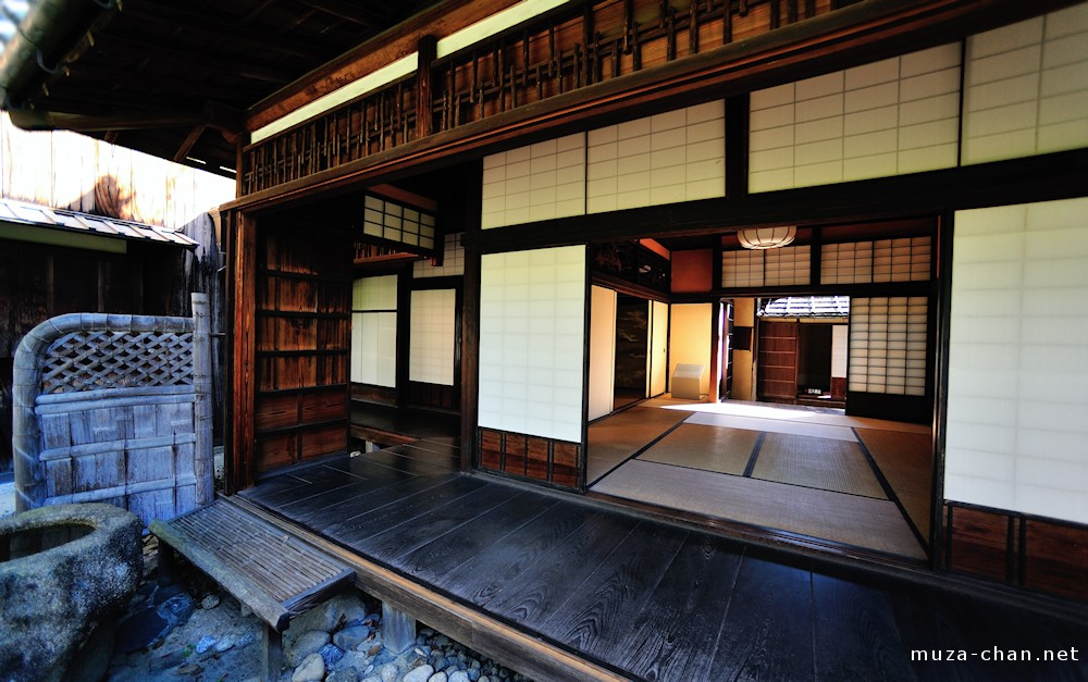 Japanese traditional house sodegaki - Traditional japanese house ...