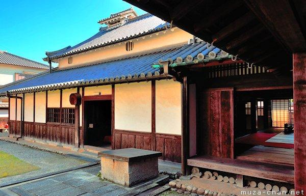 Sugiyama house, Tondabayashi Jinaimachi