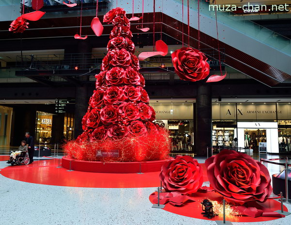 Red Rose Blossom Christmas Tree, Grand Front Osaka, Osaka