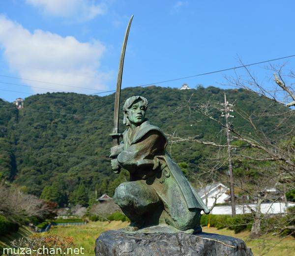 Sasaki Kojiro statue, Iwakuni, Yamaguchi