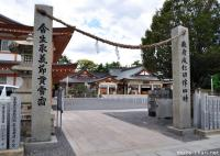 Japanese spiritual architecture - Shime, the simplest torii