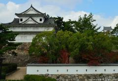 Japanese castle architecture, Shooting holes