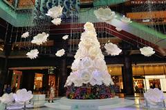 Grand Front Osaka Winter in Blossom Christmas Tree
