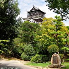 Hiroshima Castle and a bit of history