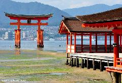 Old Japanese stories, the origin of Torii