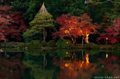 Simply beautiful Japanese scenes, Kenroku-en autumn illumination