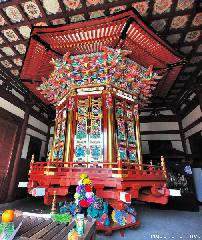 Japanese spiritual architecture, rare wheel repository at Naritasan