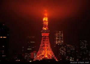 Simply beautiful Japanese scenes, Tokyo Tower in the mist