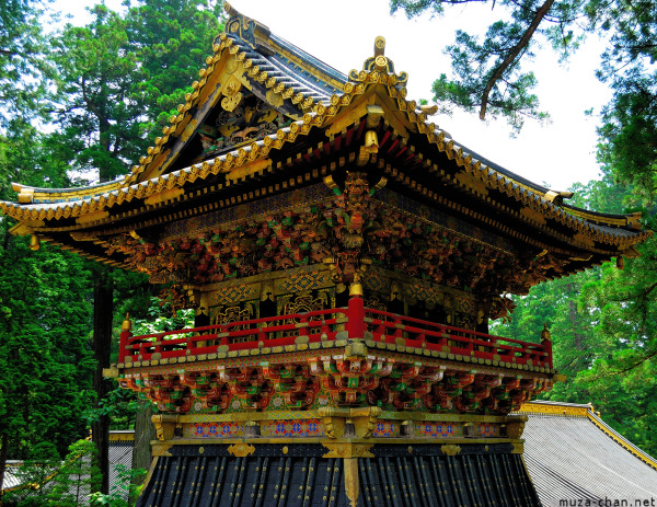 toshogu-shrine-nikko-04.jpg