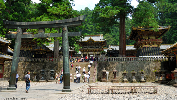 toshogu-shrine-nikko-07.jpg