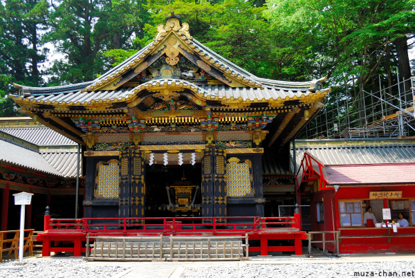 toshogu-shrine-nikko-12.jpg